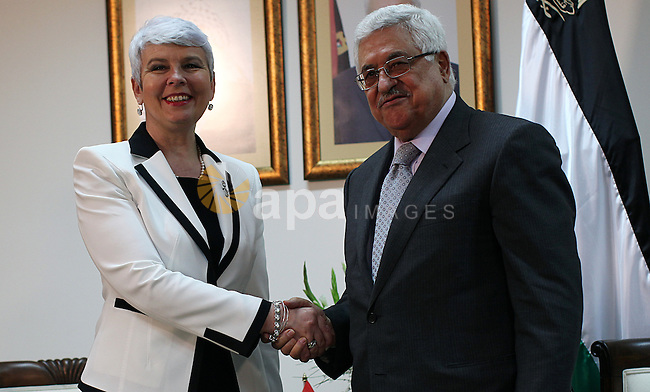 Palestinian President Mahmoud Abbas meets with the Croatian Prime Minister Jadranka Kosor at Abbas office in the West Bank town of Ramallah, on 31 March 2011.phot by Atef Safadi/ pool