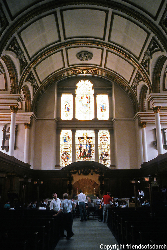 Sir Christopher Wren: St. James, Picadilly. Interior--vaulted ceiling, Corinthian columns.