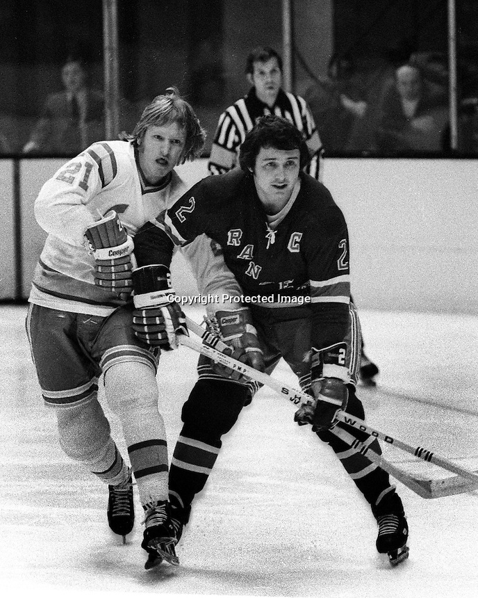 California Golden Seals Stan Weir and Ranger Brad Park.<br />