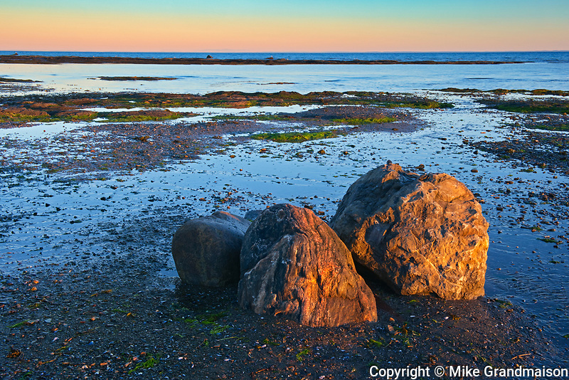 Rocky coastline along the Gulf of St. Lawrence<br /> Quebec<br /> Canada