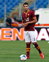 "Calcio: allenamento a porte aperte ""Open Day"" per la presentazione della Roma, a Roma, stadio Olimpico, 21 agosto 2013.<br /> AS Roma forward Erik Lamela, of Argentina, attends the Open Day training session at Rome's Olympic stadium, 21 August 2013.<br /> UPDATE IMAGES PRESS/Riccardo De Luca"