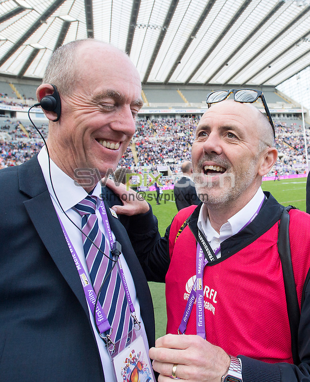 Picture by Allan McKenzie/SWpix.com - 30/05/2015 - Rugby League - First Utility Super League - Magic Weekend - The Brief - St. James's Park, Newcastle, England - John Ledger & Simon Wilkinson share a joke.