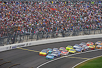 Aric Almirola (#43) and Ryan Newman (#39) lead the field back to the green flag.
