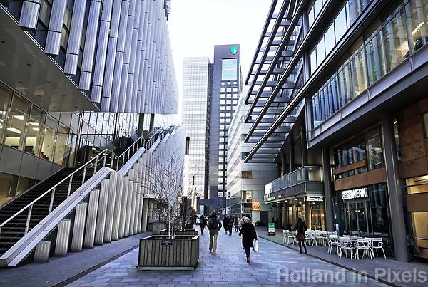 Nederland Amsterdam 2018.  De Zuidas. Links de Vinoly toren. In het midden ABN AMRO.   Foto Berlinda van Dam / Hollandse Hoogte