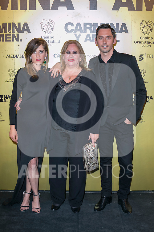 "Crew of the Movie ""Carmina y Amen"" Maria Leon (Left) Carmina Barrios (Center) and Paco Leon (Right) attend the Premiere of the movie ""Carmina y Amen"" at the Callao Cinema in Madrid, Spain. April 28, 2014. (ALTERPHOTOS/Carlos Dafonte)"