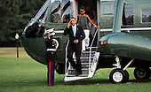 United States President Barack Obama and the First Family step down Marine One, Sunday, August 29, 2010 upon their return to the White House in Washington, DC.  The First Family completed their 10-day vacation on Martha's Vineyard and spent Sunday in Louisiana..Credit: Olivier Douliery / Pool via CNP