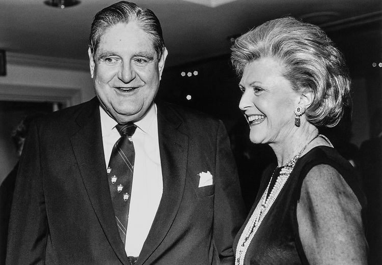 Sen. Howell Heflin, D-Ala., and Pamela Harriman (Chairman of Democrats for the 90's) at Seneate Democratic Dinner on June 15, 1989. (Photo by Laura Patterson/CQ Roll Call)