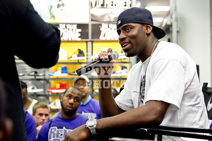 Tyreke Evans, the 2010 NBA Rookie of the Year, made an appearance at the House of Hoops inside the Foot Locker at the Cherry Hill Mall in Cherry Hill, New Jersey on June 19, 2010...2010 © Steve Boyle