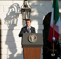 Washington DC, October 18, 2016, USA:  Prime Minister Matteo Renzi of Italy and Mrs. Agnese Landini's arrival at the White House grounds,followed by  opening remarks by President Obama and Prime Minster Renzi, and the review of troops.  Patsy Lynch/MediaPunch