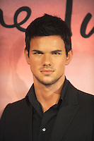 NEW YORK, NY - NOVEMBER 15: Taylor Lautner Wax Figure Unveiling at Madame Tussauds New York in New York City. November 15, 2012. Credit: RW/MediaPunch Inc. /NortePhoto
