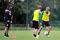 MARIENHOF - Voetbal, Trainingskamp FC Groningen , seizoen 2017-2018, 13-07-2017, FC Groningen speler Kasper Larsen met links FC Groningen trainer Ernest Faber