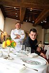 """20081001 - France - Bourgogne - Dijon<br /> JEAN-PIERRE BILLOUX ET SON FILS ALEXIS (LA RELEVE) A LA TETE DU RESTAURANT """"LE PRE AUX CLERCS"""", PLACE DE LA LIBERATION A DIJON.<br /> Ref : BILLOUX_013.jpg - © Philippe Noisette."""