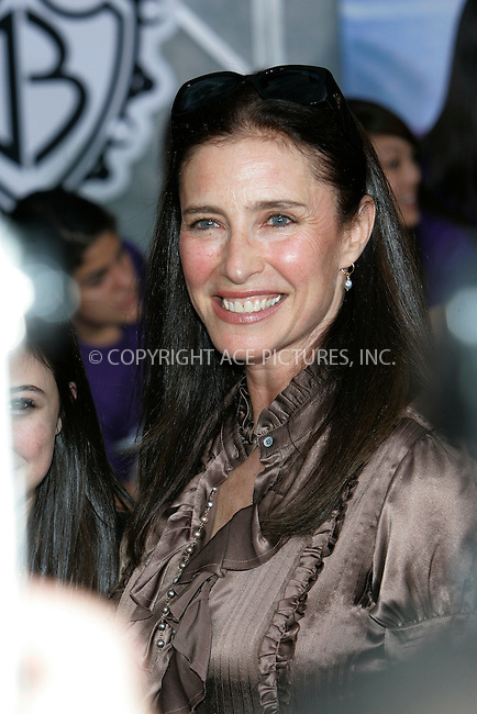 WWW.ACEPIXS.COM . . . . . ....February 24 2009, LA....Actress Mimi Rogers at the World Premiere of Walt Disney Pictures' 'Jonas Brothers: The 3D Concert Experience' on February 24, 2009 at the El Capitan Theatre in Hollywood, California.....Please byline: JOE WEST - ACEPIXS.COM....Ace Pictures, Inc:  ..(212) 243-8787 or (646) 679 0430..e-mail: picturedesk@acepixs.com..web: http://www.acepixs.com