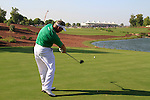 Darren Clarke tees off on the 18th tee during Day 2 of the Dubai World Championship, Earth Course, Jumeirah Golf Estates, Dubai, 26th November 2010..(Picture Eoin Clarke/www.golffile.ie)