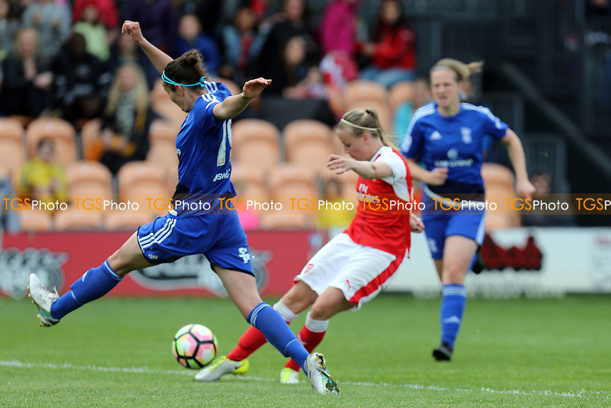Beth Mead of Arsenal Ladies during Arsenal Ladies vs Birmingham City Ladies, FA Women's Super League FA WSL1 Football at the Hive Stadium on 20th May 2017