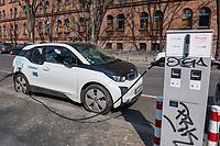 """Ein BMW i3-Elektroauto der Mietwagenfirma """"Drive Now"""" an einer Ladestation der Firma """"allego"""" in Berlin.<br /> Allego ist aus der niederlaendischen Energienetzgesellschaft Alliander hervorgegangen.<br /> Drive Now ist Teil eines Joint Ventures von BMW und Daimler.<br /> 17.3.2020, Berlin<br /> Copyright: Christian-Ditsch.de<br /> [NUR FUER REDAKTIONELLE ZWECKE! Werbung nur auf Anfrage beim Fotografen. Inhaltsveraendernde Manipulation des Fotos nur nach ausdruecklicher Genehmigung des Fotografen. Vereinbarungen ueber Abtretung von Persoenlichkeitsrechten/Model Release der abgebildeten Person/Personen liegen nicht vor. NO MODEL RELEASE! Don't publish without copyright Christian-Ditsch.de, Veroeffentlichung nur mit Fotografennennung, sowie gegen Honorar, MwSt. und Beleg. Konto: I N G - D i B a, IBAN DE58500105175400192269, BIC INGDDEFFXXX, Kontakt: post@christian-ditsch.de<br /> Bei der Bearbeitung der Dateiinformationen darf die Urheberkennzeichnung in den EXIF- und  IPTC-Daten nicht entfernt werden, diese sind in digitalen Medien nach §95c UrhG rechtlich geschuetzt. Der Urhebervermerk wird gemaess §13 UrhG verlangt.]"""