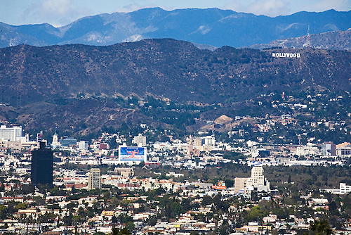 PANORAMIC VIEW OF HOLLYWOOD AND THE HOLLYWOOD SIGN IN LOS ANGELES, CALIFORNIA