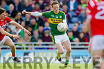 Colm Cooper Kerry in action against Kevin Crowley Cork in the National Football league in Austin Stack Park, Tralee on Sunday.