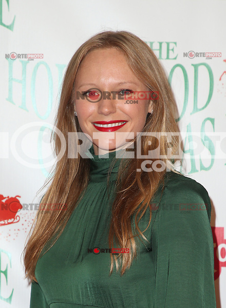 HOLLYWOOD, CA - NOVEMBER 26: Marci Miller, at 86th Annual Hollywood Christmas Parade at Hollywood Blvd in Hollywood, California on November 26, 2017. Credit: Faye Sadou/MediaPunch /NortePhoto NORTEPHOTOMEXICO