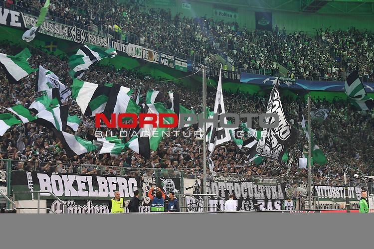 28.09.2016, Borussia Park , Moenchengladbach , CL, Gruppe C, 2. Spieltag, GER, Borussia M&ouml;nchengladbach (GER) vs. FC Barcelona (ESP)<br /> im Bild:<br /> Fans, freundlich, Stimmung, farbenfroh, Nationalfarbe, geschminkt, Emotionen, <br /> <br /> <br /> <br /> Foto &copy; nordphoto / Meuter