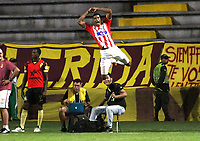 IBAGUÉ- COLOMBIA,26-05-2019:Gabriel Fuentes jugador del Atlético Junior celebra después de anotar un gol al Deportes Tolima durante el cuarto partido de los cuadrangulares finales de la Liga Águila I 2019 jugado en el estadio Manuel Murillo Toro de la ciudad de Ibagué. /Gabriel Fuentes player of Atletico Junior celebrates after scoring a goal agaisnt of Deportes Tolima during the fourth match for the quarter finals B of the Liga Aguila I 2019 played at the Manuel Murillo Toro stadium in Ibague city. Photo: VizzorImage / Felipe Caicedo / Staff