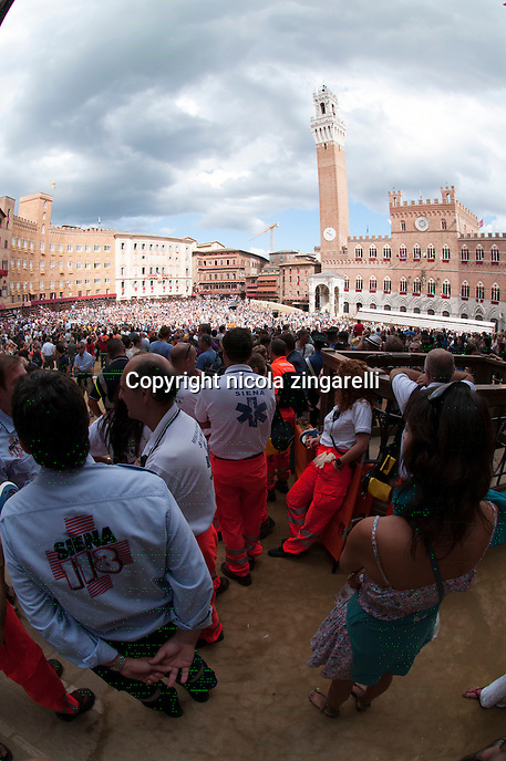 The medical service waiting for the Palio di Siena to start