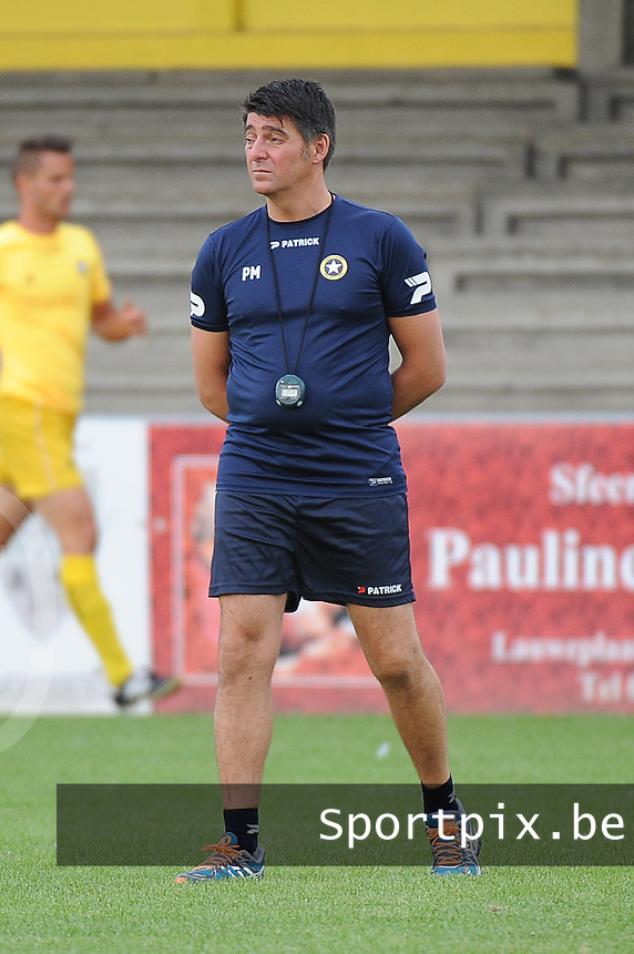 WS Lauwe : coach Pascal Mestdagh<br /> <br /> Foto VDB / Bart Vandenbroucke