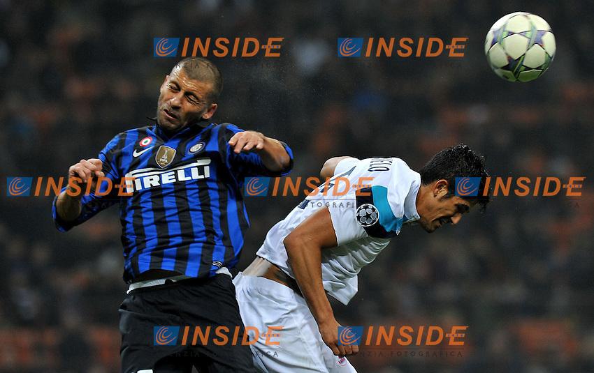 "Waletr SAMUEL (Inter), Tulio DE MELO (Lille).Milano 2/11/2011 Stadio ""Giuseppe Meazza"".Champions League 2011/2012.Football Calcio Inter Vs Lille.Foto Insidefoto Alessandro Sabattini."