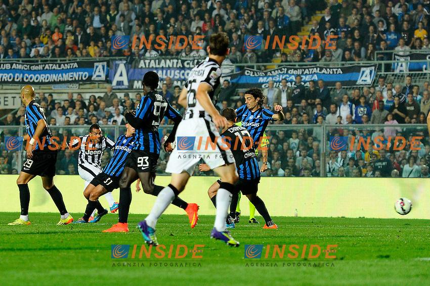 Gol di Carlos Tevez Juventus 0-2. Celebration goal<br /> Bergamo 27-09-2014 Stadio Atleti Azzurri d'Italia - Football Calcio Serie A Atalanta - Juventus. Foto Giuseppe Celeste / Insidefoto