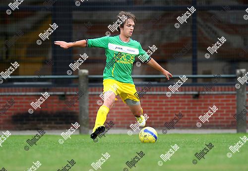 2012-08-09 / Voetbal / seizoen 2012-2013 / Sint-Lenaarts / Sam Van In..Foto: Mpics.be