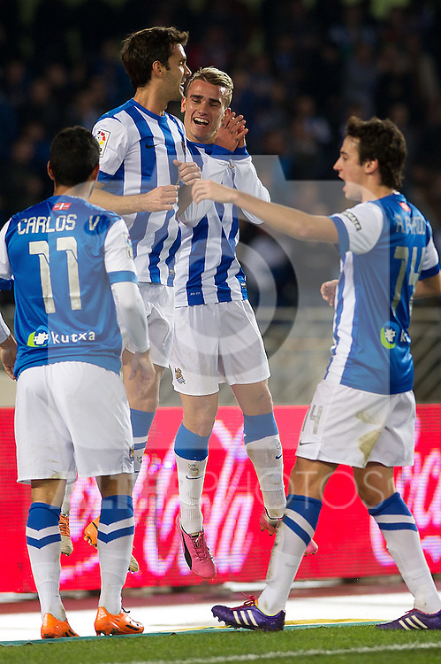 Real Sociedad's Carlos Vela, Xabi Prieto, Antoine Griezman and Ruben Pardo celebrate goal during La Liga match.November 23,2013. (ALTERPHOTOS/Mikel)