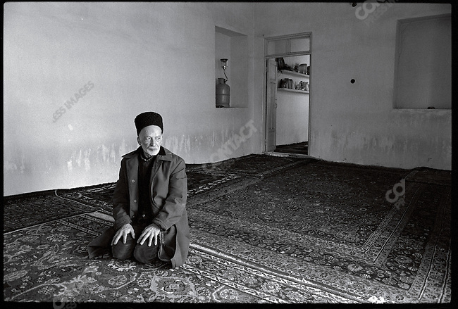 At Ayatollah Khomeini's home, his housekeeper, who has kept up the house for 15 years, awaits his return. Qom, January 23, 1979