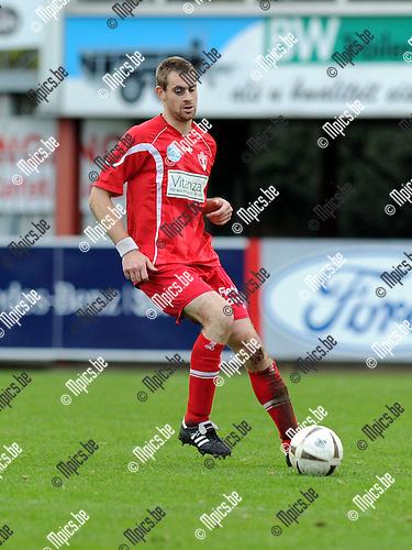 11-10-30 / Voetbal / seizoen 2011-2012 / Lyra / Frederik Janssens..Foto: Mpics