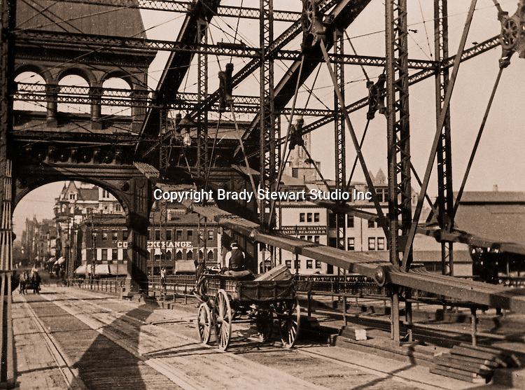 Pittsburgh PA:  Horse-drawn wagon delivering baggage from the Pennsylvania and Lake Erie RR station to Pittsburgh hotels - 1903