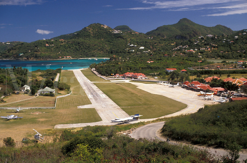 AJ2434, St. Barthelemy, Caribbean, St. Barts, airport, Saint Barts, Caribbean Islands, Scenic view of the St. Jean Airport on the island of Saint Barthelemy (a department of Guadeloupe).