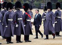 LONDRES-INGLATERRA -1-NOVIEMBRE-. Durante su Visita de Estado, el Presidente Juan Manuel Santos llega al Palacio de Buckingham.  During his state visit, President Juan Manuel Santos arrives at Buckingham Palace.Foto César Carrión - SIG