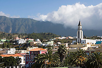 Spain, Canary Islands, La Palma, El Paso: overview with village church