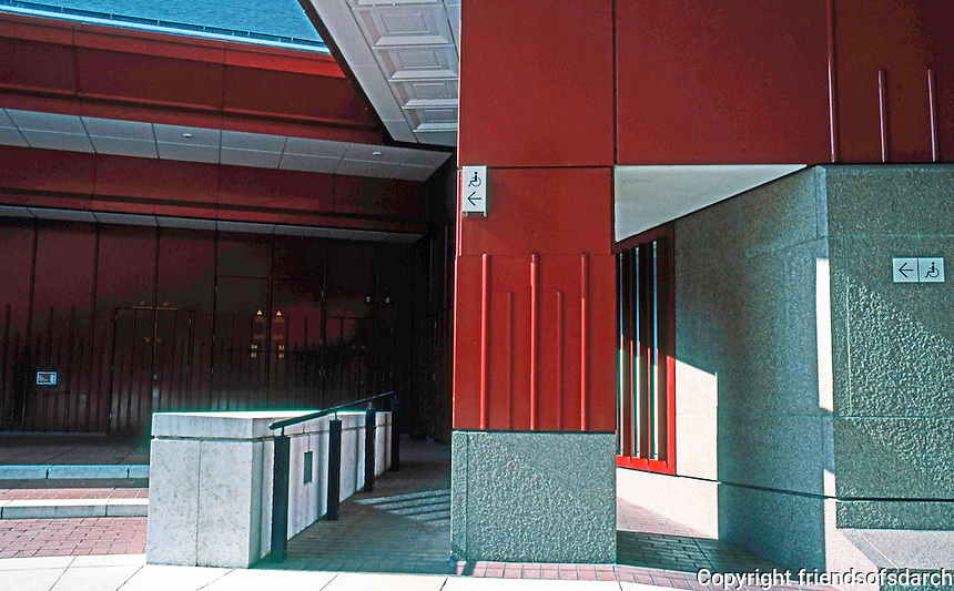 London: The British Library--disabled access.  Photo 2005.