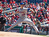 New York Mets starting pitcher Jacob deGrom (48) works in the first inning against the Washington Nationals at Nationals Park in Washington, D.C. on Thursday, April 5, 2018.<br /> Credit: Ron Sachs / CNP<br /> (RESTRICTION: NO New York or New Jersey Newspapers or newspapers within a 75 mile radius of New York City)