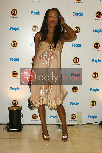 Golden Brooks<br /> At the Entertainment Tonight Emmy Party Sponsored by People Magazine, The Mondrian Hotel, West Hollywood, CA 09-18-05<br /> Jason Kirk/DailyCeleb.com 818-249-4998