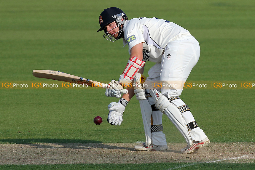 Jaik Mickleburgh in batting action for Essex - Essex CCC vs Derbyshire CCC - LV County Championship Division Two Cricket at the Ford County Ground, Chelmsford - 24/08/11 - MANDATORY CREDIT: Gavin Ellis/TGSPHOTO - Self billing applies where appropriate - Tel: 0845 094 6026