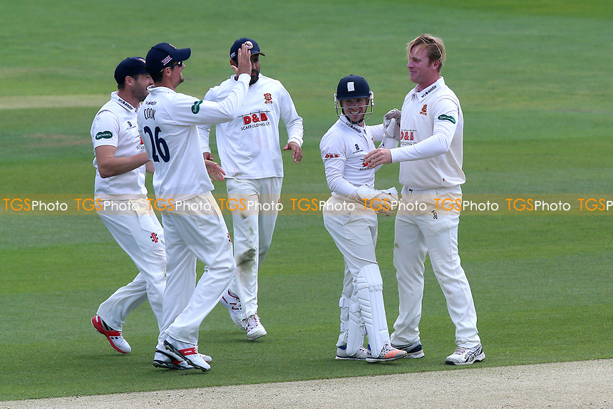 Simon Harmer of Essex is congratulated by his team mates after taking the wicket of Rilee Rossouw during Essex CCC vs Hampshire CCC, Specsavers County Championship Division 1 Cricket at The Cloudfm County Ground on 21st May 2017
