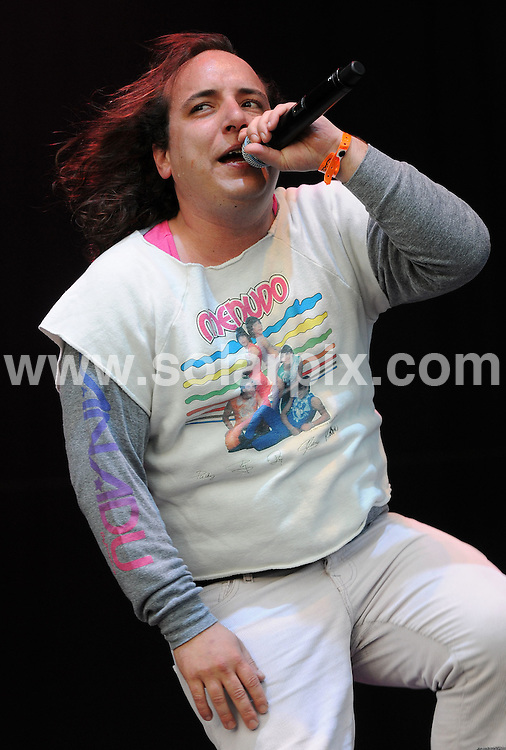 **ALL ROUND PICTURES FROM SOLARPIX.COM**.**WORLDWIDE SYNDICATION RIGHTS**.The Mighty Boosh Festival at The Hop Farm on July 5, 2008 in Paddock Wood, Kent, UK. 30,000 people attended the one day comedy and music festival...This pic: Har Mar Superstar..JOB REF: 6781 SSD     DATE: 07_07_2008.**MUST CREDIT SOLARPIX.COM OR DOUBLE FEE WILL BE CHARGED* *UNDER NO CIRCUMSTANCES IS THIS IMAGE TO BE REPRODUCED FOR ANY ONLINE EDITION WITHOUT PRIOR PERMISSION*