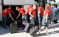 20171024 - PENAFIEL , PORTUGAL :  Belgian players pictured arriving at the stadium during a women's soccer game between Portugal and the Belgian Red Flames , on tuesday 24 October 2017 at Estádio Municipal 25 de Abril in Penafiel. This is the third game for the  Red Flames during the Worldcup 2019 France qualification in group 6. PHOTO SPORTPIX.BE | DAVID CATRY