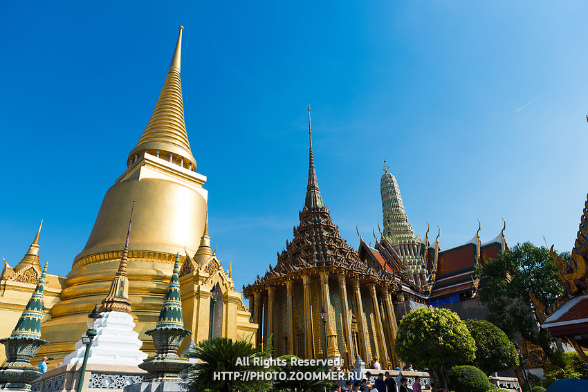 Temple of Emerald Budda with Phra Si Rattana Chedi, Bangkok, Thailand