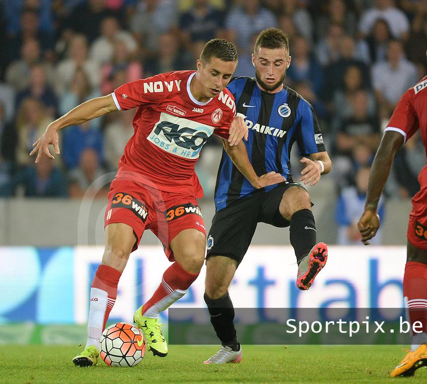Club Brugge - KV Kortrijk : Adam Marusic (l) aan de bal voor Tuur Dierckx (r) <br /> Foto VDB / Bart Vandenbroucke