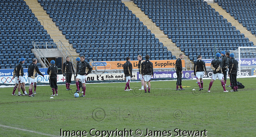 02/01/2010  Copyright  Pic : James Stewart.sct_jspa14_falkirk_v_st_johnstone  .:: ST JOHNSTONE PLAYERS TRAIN ON THE PARK AFTER THE GAME WAS CALLED OFF :: .James Stewart Photography 19 Carronlea Drive, Falkirk. FK2 8DN      Vat Reg No. 607 6932 25.Telephone      : +44 (0)1324 570291 .Mobile              : +44 (0)7721 416997.E-mail  :  jim@jspa.co.uk.If you require further information then contact Jim Stewart on any of the numbers above.........