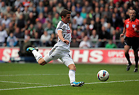 Pictured: Joe ALlen of Swansea. Saturday 17 September 2011<br /> Re: Premiership football Swansea City FC v West Bromwich Albion at the Liberty Stadium, south Wales.