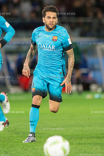 Daniel Alves (Barcelona), DECEMBER 17, 2015 - Football / Soccer : FIFA Club World Cup Japan 2015 semi-final match between FC Barcelona 3-0 Guangzhou Evergrande at Yokohama International Stadium, Kanagawa, Japan. (Photo by Enrico Calderoni/AFLO)