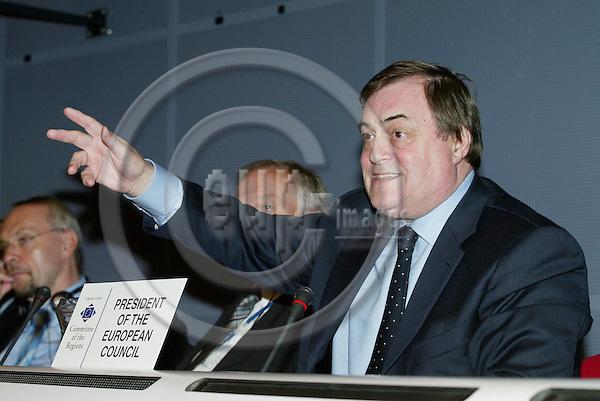 BRUSSELS - BELGIUM - 12 OCTOBER 2005 --Committee of the Regions (CoR) - Open Days. -- Plenary Session. -- John PRESCOTT, UK Deputy Prime Minister.  PHOTO: ERIK LUNTANG / EUP-IMAGES..